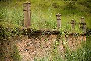 Ponte Nova_MG, 16 de abril de 2009..Projeto Rota Imperial..Vista do cemiterio de escravos abandonado do seculo XVIII...Foto: Bruno Magalhaes / Nitro