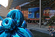 Berlino: the theather in Potsdamer Platz with a sculpture bi Jeff Koons