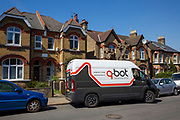 Dayna & Dave arrive at a clients house. Q-bot, underfloor insulation reducing carbon emissions potentially for 12 million households in the UK.   Q-Bot allows under-floor insulation to be installed at a much lower cost and without the disruption of existing methods by using a small robot that goes under the floor instead of having to take the floor up. © Andy Aitchison/ Ashden
