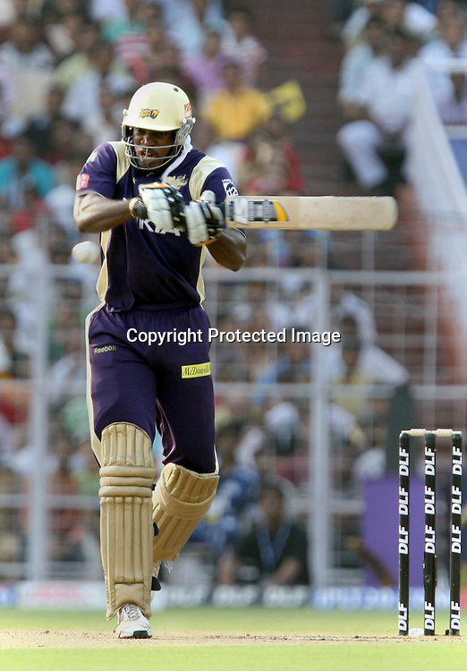 Kolkata Knight Riders Batsman Chris Gayle Hit The Shot Against  Kings XI Punjab During The Kolkata Knight Riders vs Kings XI Punjab 34th match Twenty20 match | 2009/10 season Played at Eden Gardens, Kolkata <br />