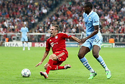 27.09.2011, Allianz Arena, Muenchen, GER, UEFA CL, FC Bayern Muenchen vs Manchester City, im Bild Franck Ribery (Bayern #7) wird von Yaya Toure (MC #42) gefoult // during the CL match  FC Bayern Muenchen (GER)  vs Manchester City (ENG) Gruppe A, on 2011/09/27, Allianz Arena, Munich, Germany, EXPA Pictures © 2011, PhotoCredit: EXPA/ nph/  Straubmeier       ****** out of GER / CRO  / BEL ******