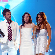 TMF awards 2004, acteur Kenan Raven, Bold & The Beautifeull-actrice Adrienne Frantz en Sylvie Meijs