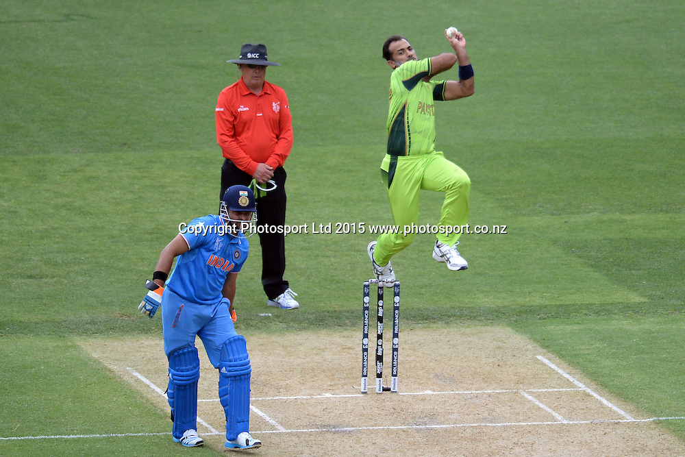 Pakstan bowler Wahab Riaz into his delivery stride during the ICC Cricket World Cup match between India and Pakistan at Adelaide Oval in Adelaide, Australia. Sunday 15 February 2015. Copyright Photo: Raghavan Venugopal / www.photosport.co.nz