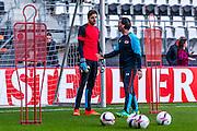 ALKMAAR - 15-02-2017, AZ - Olympique Lyon, AFAS Stadion, training, AZ keeper Tim Krul, Nick van Aart