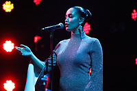 Jorja Smith performing