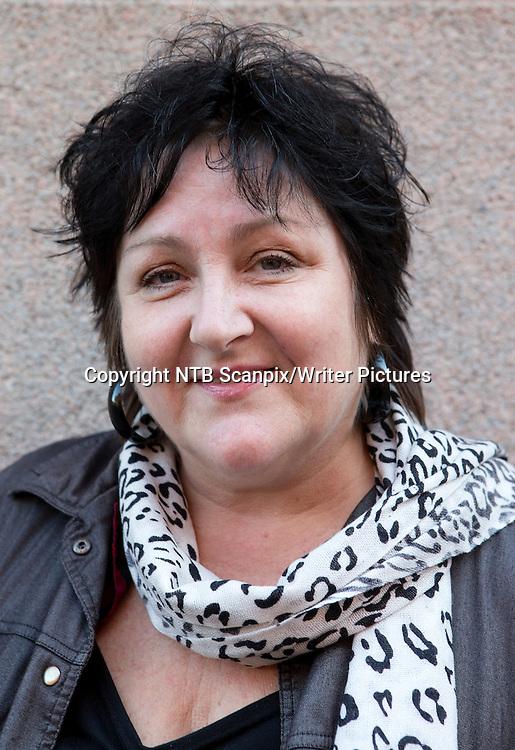 OSLO  20121011.<br /> Ny bok fra Anne B. Ragde med tidligere kriminalnoveller som hun skrev for A-magasinet. <br /> Foto: Gorm Kallestad / NTB scanpix<br /> <br /> NTB Scanpix/Writer Pictures<br /> <br /> WORLD RIGHTS, DIRECT SALES ONLY, NO AGENCY
