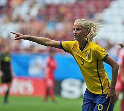 20.07.2010, , Augsburg, GER, FIFA U-20 Frauen Worldcup, Korea DPR vs Schweden, im Bild Sofia JAKOBSSON (Umea SWE #9), Freisteller, Hochformat / Upright Format, Einzelaktion / Aktion, EXPA Pictures © 2010, PhotoCredit: EXPA/ nph/  Roth+++++ ATTENTION - OUT OF GER +++++ / SPORTIDA PHOTO AGENCY