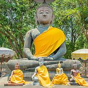 5 Thai Buddha's