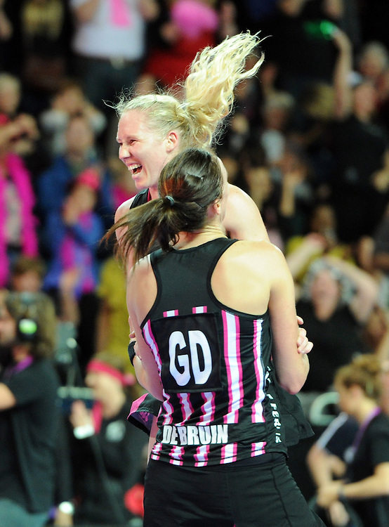New Zealand's laura Langman, left and Leana de Bruin celebrate their win over England in the final of the Fast 5 netball, Vector Arena, Auckland, New Zealand, Sunday, November 11, 2012. Credit:SNPA / Ross Setford
