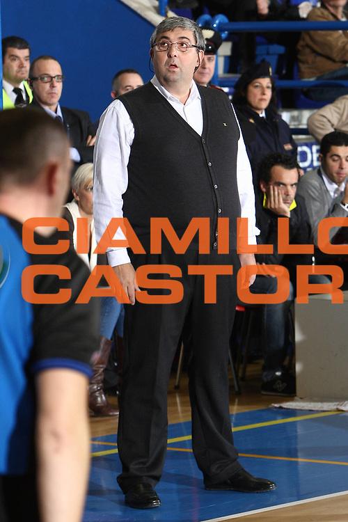 DESCRIZIONE : Porto San Giorgio Lega A 2010-11 Fabi Montegranaro Air Avellino <br /> GIOCATORE : Stefano Pillastrini<br /> SQUADRA : Fabi Montegranaro<br /> EVENTO : Campionato Lega A 2010-2011<br /> GARA : Fabi Montegranaro Air Avellino<br /> DATA : 14/11/2010<br /> CATEGORIA : coach<br /> SPORT : Pallacanestro<br /> AUTORE : Agenzia Ciamillo-Castoria/C.De Massis<br /> Galleria : Lega Basket A 2010-2011<br /> Fotonotizia : Porto San Giorgio Lega A 2010-11 Fabi Montegranaro Air Avellino <br /> Predefinita :