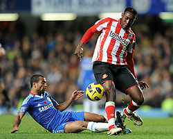 14.11.2010, Stamford Bridge, London, ENG, PL, FC Chelsea vs FC Sunderland, im Bild Chelsea`s Ashley Cole  slides in on Sunderland's Danny Welbeck Chelsea vs Sunderland  in the Barclays Premier League  at Stamford Bridge stadium in London on 14/11/2010. EXPA Pictures © 2010, PhotoCredit: EXPA/ IPS/ Rob Noyes +++++ ATTENTION - OUT OF ENGLAND/UK +++++