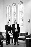 Friðsemd Erla Þórðardóttir og Steinar Árnason ganga í það heilaga í Selfosskirkju 11. ágúst 2007.