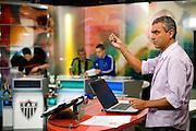Belo Horizonte_MG, Brasil...Gravacao do programa esportivo Alterosa Esportes, apresentado por Leopoldo Siqueira, com participacao de Dudu (torcedor do Atletico), Jair Bala (torcedor do America) e Bauxita (torcedor do Cruzeiro). ..The recording of sport program Alterosa Esportes, presented by Leopoldo Siqueira, with participation of Dudu (Atletico fan), Jair Bala (America fan) and Bauxita (Cruzeiro fan)...Foto: LEO DRUMOND / NITRO