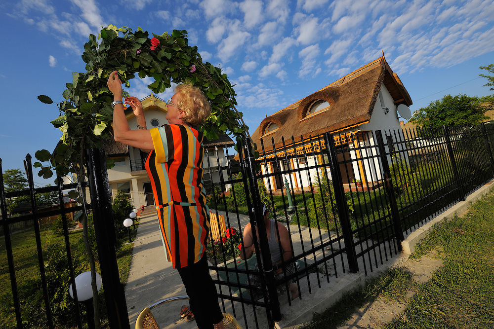 Guesthouse hosts, Villa Maria, Sfinthu Gheorghe, Danube delta rewilding area, Romania