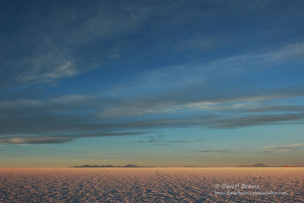 Sunrise on the Salar de Uyuni, Potosi, Bolivia