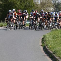 19-04-2015: Wielrennen: Ronde van Gelderland vrouwen: Apeldoorn<br /> APELDOORN (NED) wielrennen De vijftigste ronde van Apeldoorn werd verreden onder te mooie weersomstandigheden. In het Ordenbos eindigde de wedstrijd in een massasprint.