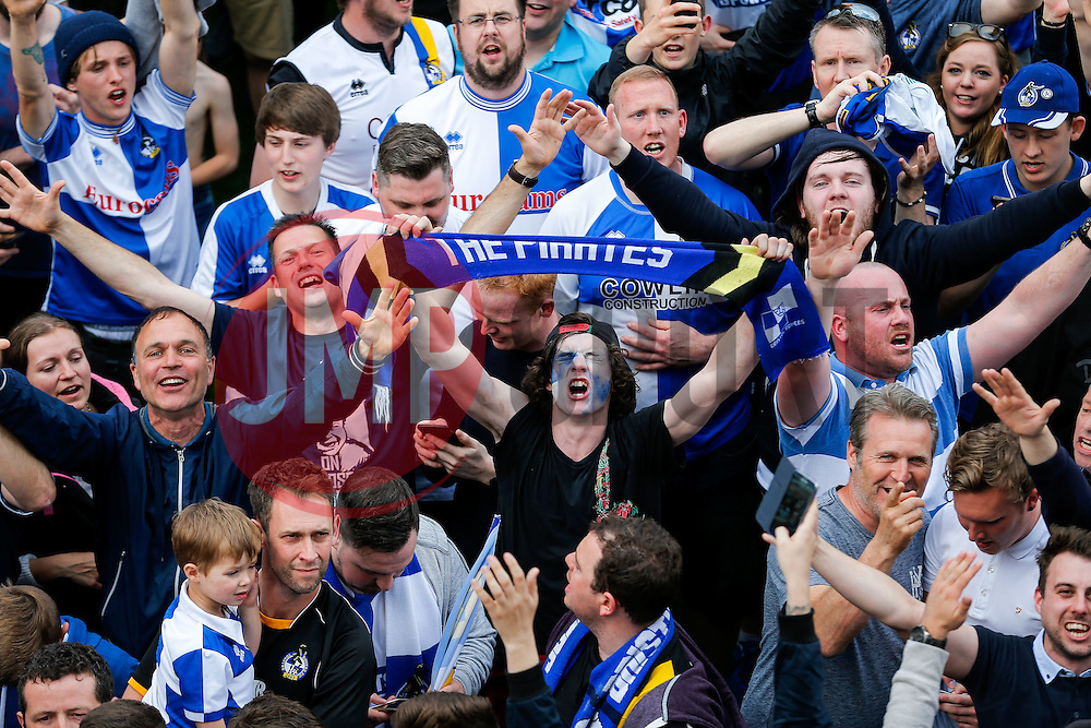 Bristol Rovers fans celebrate on the pitch after Bristol Rovers win the match in injury time to secure 3rd place in League 2, back to back promotions and a place in Sky Bet League 1 for 2016/17 - Mandatory byline: Rogan Thomson/JMP - 08/03/2016 - FOOTBALL - Memorial Stadium - Bristol, England - Bristol Rovers v Dagenham & Redbridge - Sky Bet League 2.