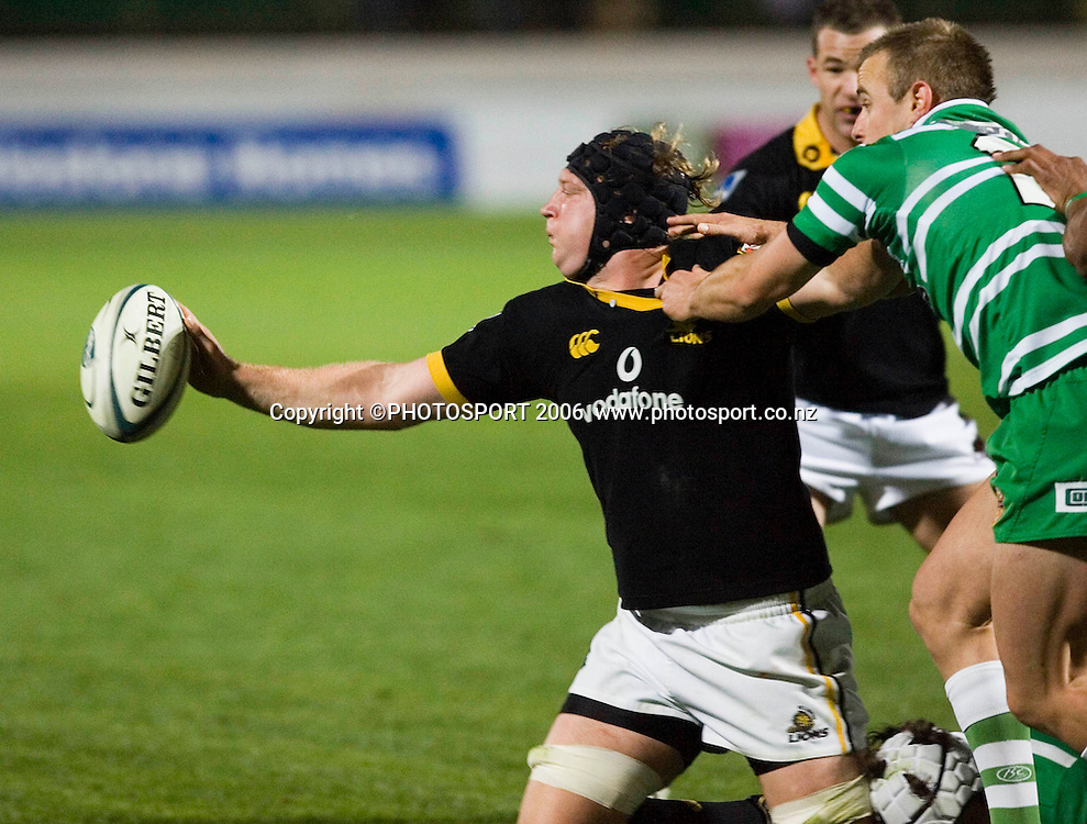 Welllington's Thomas Waldrom looks to offload a pass during the Air New Zealand Cup week 6 rugby match between Manawatu and Wellington at FMG Stadium, Palmerston North, on Saturday 2 September 2006. Wellington won 11-3.  Photo: Aaron Smale/PHOTOSPORT<br /> <br /> <br /> 020906 npc nz union
