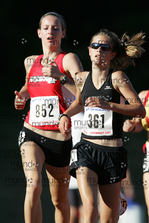 Kaitlin O'Hagan competing in the 1500m at the 2007 OTFA Supermeet II. The Ontario Track and Field Association Bantam-Midget-Juvenile Championships were held in Toronto from August 3rd to 5th.