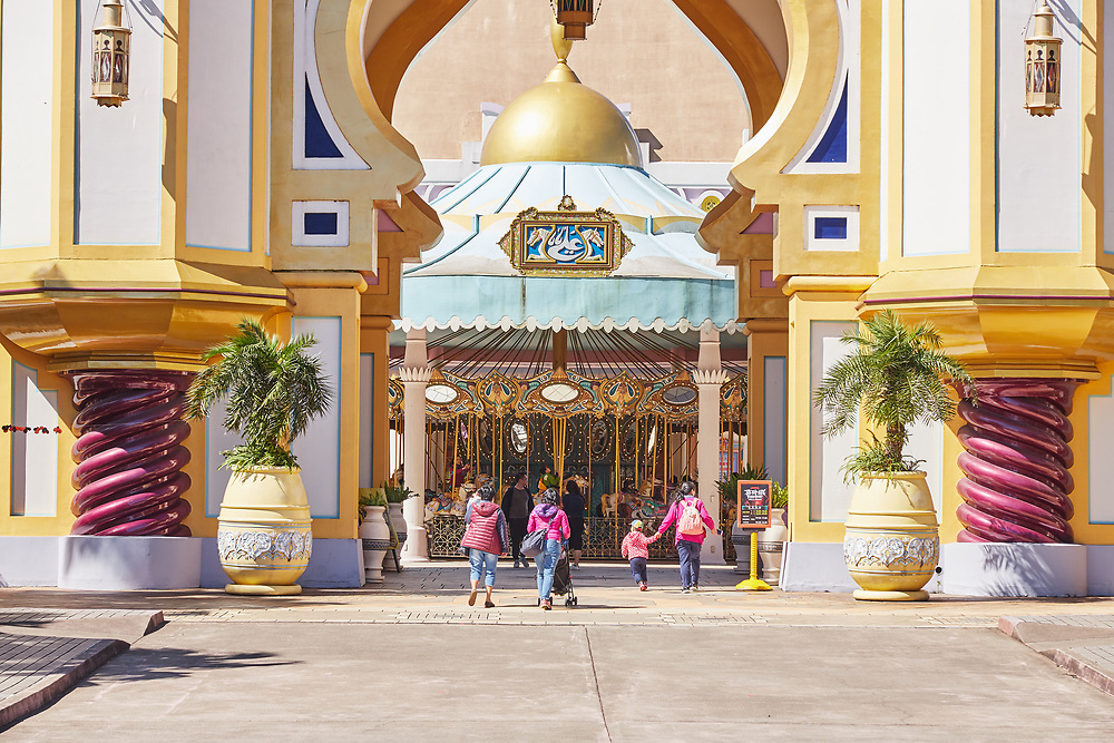 Entering the Arabian Kingdom themed area at Leofoo Village amusement park. This is the first place most visitors usually enter when arriving at the park.<br /> <br /> .
