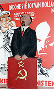 Dutch Communist election poster 1933 with a Polish statue of Lenin in front.
