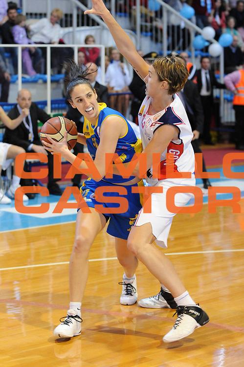 DESCRIZIONE : Faenza Lega A1 Femminile 2008-09 Coppa Italia Semifinale Cras Basket Taranto Lavezzini Parma <br /> GIOCATORE : Laura Summerton<br /> SQUADRA : Lavezzini Parma<br /> EVENTO : Campionato Lega A1 Femminile 2008-2009 <br /> GARA : Cras Basket Taranto Lavezzini Parma<br /> DATA : 07/03/2009 <br /> CATEGORIA : passaggio<br /> SPORT : Pallacanestro <br /> AUTORE : Agenzia Ciamillo-Castoria/M.Marchi