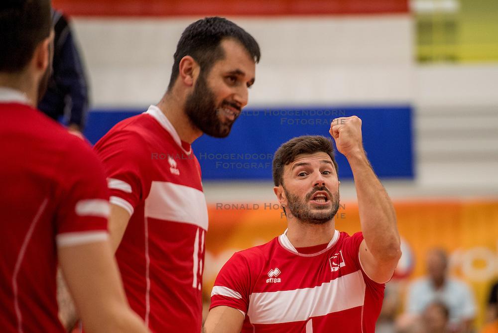 23-09-2016 NED: EK Kwalificatie Turkije - Wit Rusland, Koog aan de Zaan<br /> Turkije had het vrij lastig in de eerste wedstrijd tegen Wit Rusland maar blijven meedoen voor het EK ticket / Ulas Kiyak #1