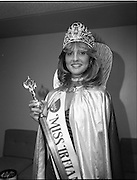27/08/1984<br /> 08/27/1984<br /> 27 August 1984<br /> Miss Ireland/World contest at the National Concert hall. Winner of the Miss Ireland Contest, Olivia Tracey, (Dublin).