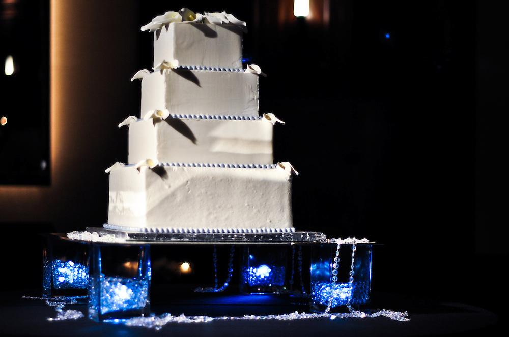 Noam & Uzoezi's wedding cake, Merchant's Exchange, San Francisco