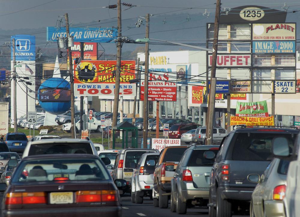 HSBC - Thought Exchange New York - exchange finalists visit Verrex in Mountainside, NJ. New Jersey traffic scene