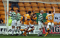 Photo: Paul Thomas.<br /> Motherwell v Glasgow Celtic. Bank of Scotland Scottish Premier League. 30/12/2006.<br /> <br /> Darren Smith (3 from the R) of Motherwell scores to make it 1 -1, right on full -time.