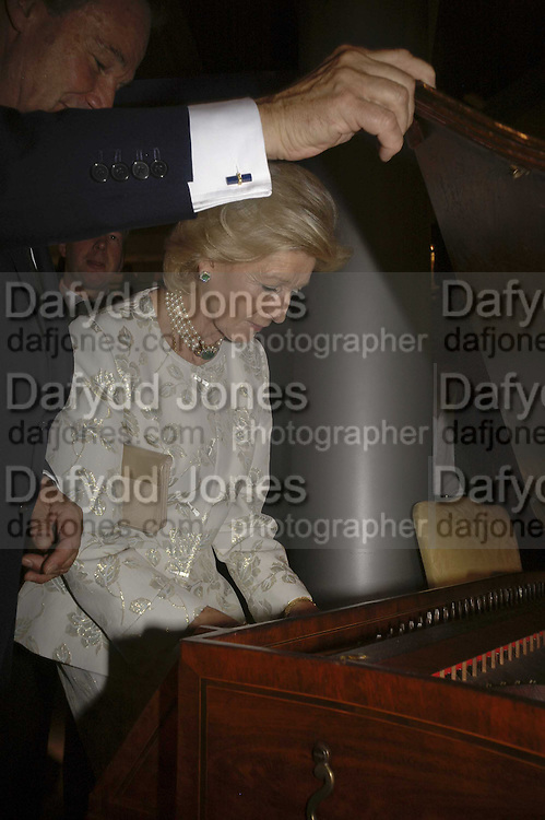 Princess Alexandra, The opening  day of the Grosvenor House Art and Antiques Fair.  Grosvenor House. Park Lane. London. 14 June 2006. ONE TIME USE ONLY - DO NOT ARCHIVE  © Copyright Photograph by Dafydd Jones 66 Stockwell Park Rd. London SW9 0DA Tel 020 7733 0108 www.dafjones.com