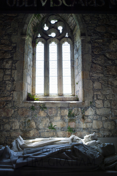 White marble tombs of Duke and Duchess of Argyll, George Douglas VIII eighth Duke and wife Ina, inside Iona Abbey on Isle of Iona in the Inner Hebrides and Western Isles, Scotland
