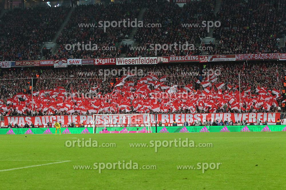 12.03.2016, Allianz Arena, Muenchen, GER, 1. FBL, FC Bayern Muenchen vs SV Werder Bremen, 26. Runde, im Bild FC Bayern Fans mit Banner // during the German Bundesliga 26th round match between FC Bayern Munich and SV Werder Bremen at the Allianz Arena in Muenchen, Germany on 2016/03/12. EXPA Pictures &copy; 2016, PhotoCredit: EXPA/ Eibner-Pressefoto/ Langer<br /> <br /> *****ATTENTION - OUT of GER*****