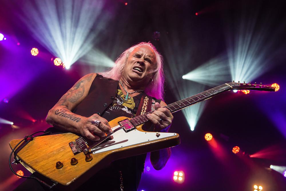 Live music coverage (Rickey Medlocke, Lynyrd Skynyrd)