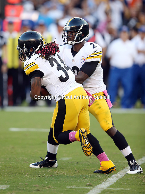 Pittsburgh Steelers running back DeAngelo Williams (34) takes a handoff from Pittsburgh Steelers quarterback Mike Vick (2) during the 2015 NFL week 5 regular season football game against the San Diego Chargers on Monday, Oct. 12, 2015 in San Diego. The Steelers won the game 24-20. (©Paul Anthony Spinelli)
