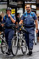 ROTTERDAM handhaving op de fiets in het centrum van rotterdam , bekeuring , boete , controle, controleren , <br /> ROBIN UTRECHT