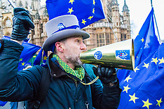 2017-12-11 #StopBrexit protest outside Parliament ahead of  Final referendum petition debate