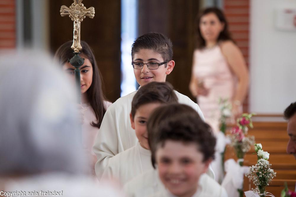 First christian church communion, christian lebanese community in France.
