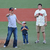 7.28.2011 Asdrubal Cabrera Visits Lake Erie Crushers