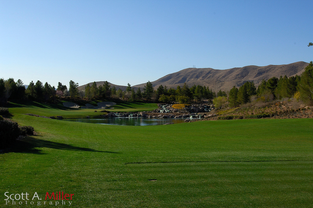 Southern Highlands Golf Club Hole No. 17..                ©2006 Scott A. Miller