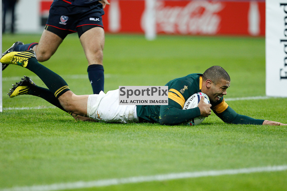 LONDON, ENGLAND - OCTOBER 7:  Bryan Habana of South Africa dives over the line during the 2015 Rugby World Cup Pool B match between South Africa and USA at The Stadium, Queen Elizabeth Olympic Park on October 7, 2015 in London, England. (Credit: SAM TODD | SportPix.org.uk)