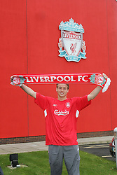 LIVERPOOL, ENGLAND - THURSDAY, JANUARY 5th, 2006: Liverpool's new signing Jan Kromkamp signs in at Melwood Training Ground. Jan Kromkamp switches from Villarreal with Josemi going to Spain. (Pic by David Rawcliffe/Propaganda)