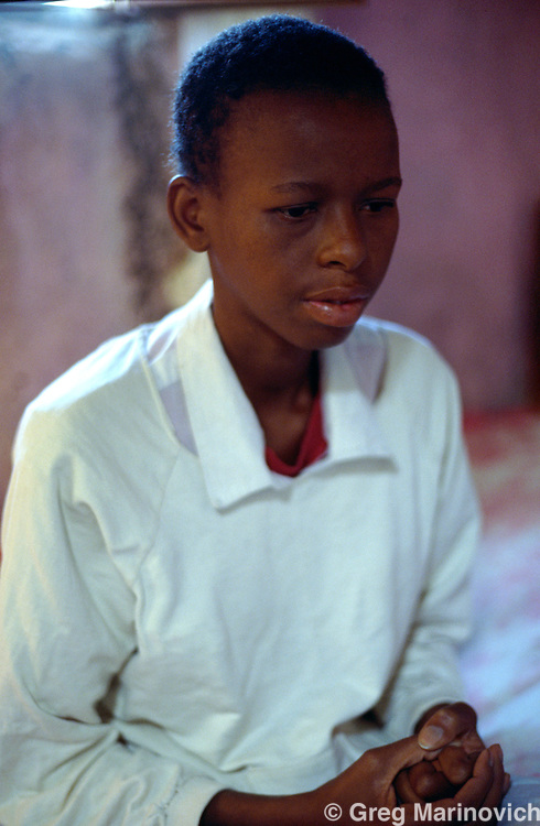 An HIV positive girl visits a psychologist, KwaZulu Natal. South Africa 1993.
