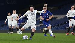 Lee Tomlin of Peterborough United in action against Chelsea - Mandatory by-line: Joe Dent/JMP - 09/01/2019 - FOOTBALL - Stamford Bridge - London, England - Chelsea U21 v Peterborough United - Checkatrade Trophy