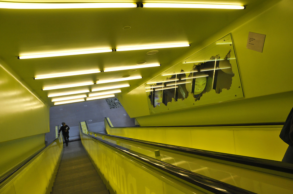 Escalator, Seattle Central Library, Principal Architects: Rem Koolhaas and Joshua Prince-Ramus of OMA/LMN, Seattle, Washington, USA