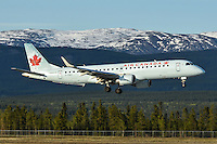 Air Canada Embraer 190 C-FNAX landing in Whitehorse, Yukon