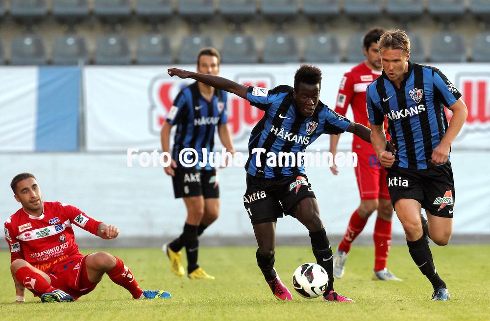 26.8.2013, Veritas Stadion, Kupittaa, Turku.<br /> Veikkausliiga 2013.<br /> FC Inter Turku - FF Jaro.<br /> Solomon Duah &amp; Ari Nyman - Inter