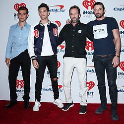 LAS VEGAS, NV, USA - SEPTEMBER 22: 2018 iHeartRadio Music Festival - Night 2 – Press Room held at T-Mobile Arena on September 22, 2018 in Las Vegas, Nevada, United States. 22 Sep 2018 Pictured: KJ Apa, Keneti James Fitzgerald Apa, Casey Cott, Luke Perry, Skeet Ulrich. Photo credit: Image Press Agency/MEGA TheMegaAgency.com +1 888 505 6342