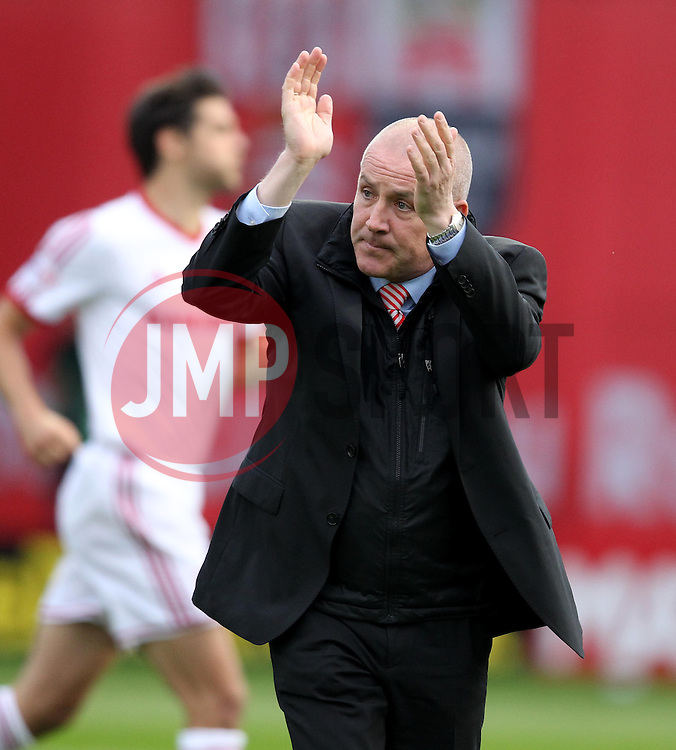 Brentford Manager, Mark Warburton - Photo mandatory by-line: Robbie Stephenson/JMP - Mobile: 07966 386802 - 08/05/2015 - SPORT - Football - Brentford - Griffin Park - Brentford v Middlesbrough - Sky Bet Championship